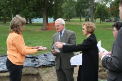 """CDC's Christine Davis give a tour at Westinghouse Park in 2005 for visitors. Archaeological survey in the park found features associated with """"Solitude"""" , George Westinghouse's home."""